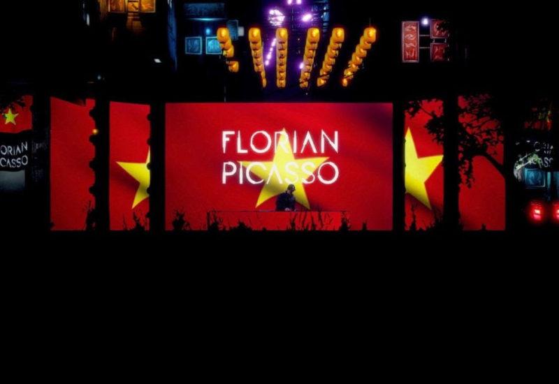Florian Picasso entertains millions